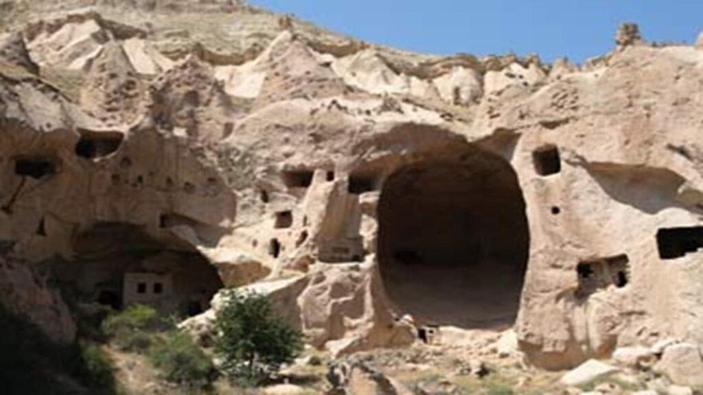 cavernas nos tempos biblicos