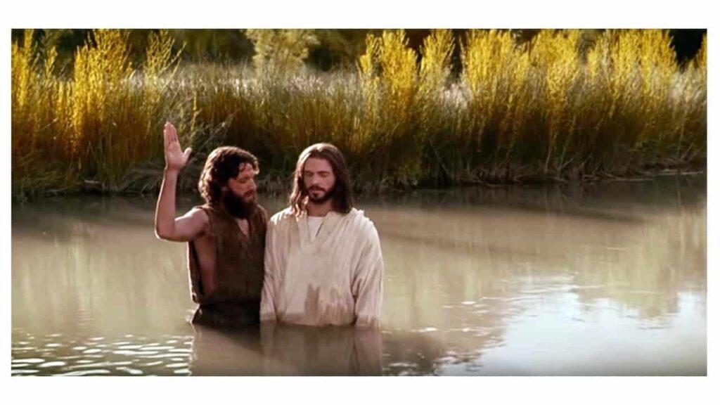 JESUS SENDO BATIZADO POR JOÃO BATISTA